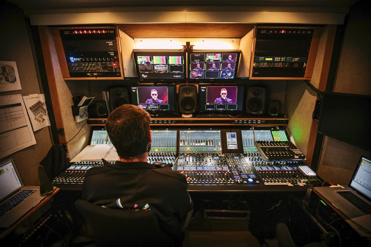 Eurowizja 2021: cztery konsolety Lawo mc²56 i VSM
